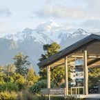 ReflectioNZ Gifts & Gallery - Fox Glacier, West Coast, New Zealand